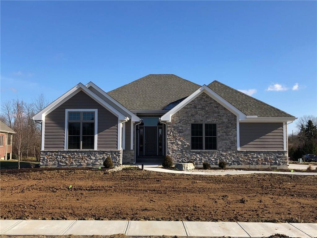 Photo of home for sale at 1731 Country Corner Lane, Dayton OH